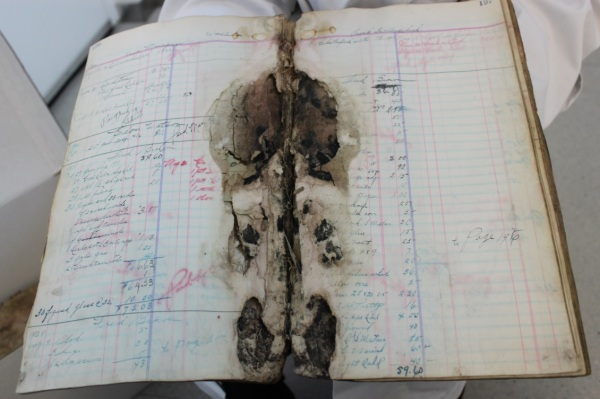Due to the extreme deterioration of these records and because they posed a risk to the rest of the Archives' collection, these books could not be saved and were destroyed.